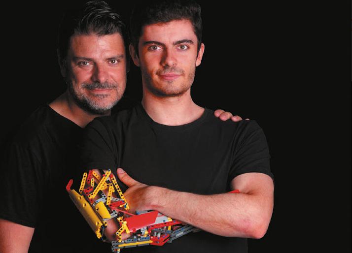 la-historia-de-hand-solo-el-chico-que-se-fabrico-su-protesis-para-el-brazo-con-piezas-de-lego