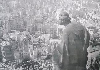 la-noche-interminable-una-novela-clasica-sobre-la-segunda-guerra-mundial